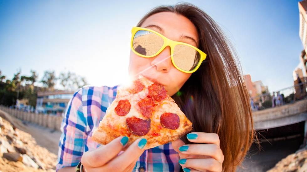 como comer pizza