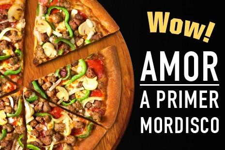 Pizza Hut amor a primer mordisco